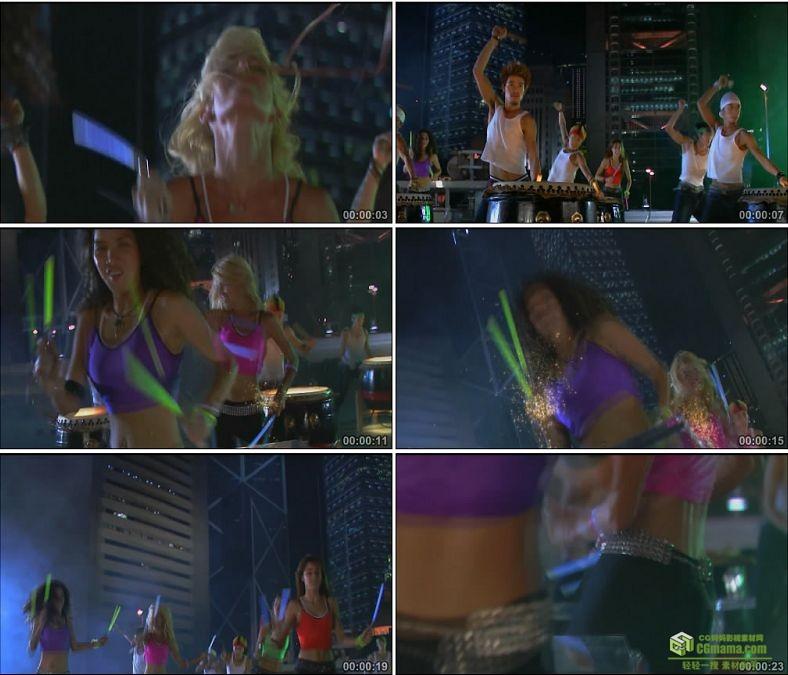 YC0961-荧光棒敲鼓打鼓美女扭腰高清实拍视频素材