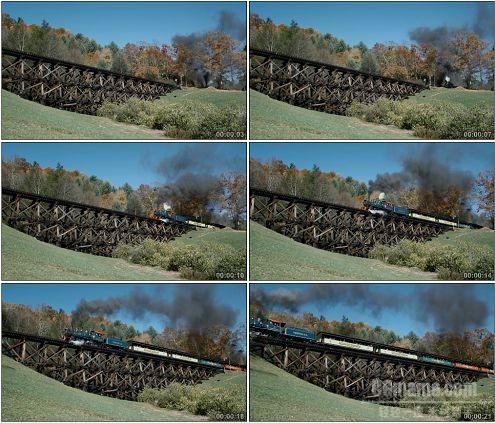 CG0317-火车缓缓开过桥梁特写镜头高清实拍视频素材
