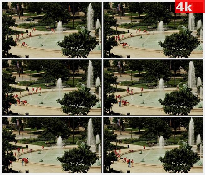 4K1298喷泉广场游人玩耍高清实拍视频素材